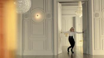 L'Oreal Paris Age Perfect Glow Renewal TV Spot Featuring Diane Keaton - Thumbnail 4