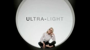 L'Oreal Paris Age Perfect Glow Renewal TV Spot Featuring Diane Keaton - Thumbnail 7