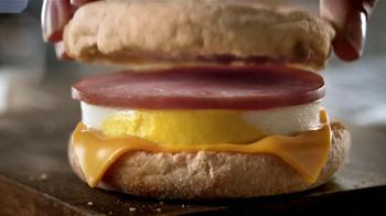 McDonald's TV Spot, 'El Desyuno Perfecto' [Spanish] - Thumbnail 5