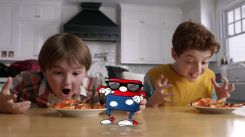 Domino's Pizza TV Spot,  'Weeknights Powered by Pizza' - Thumbnail 5