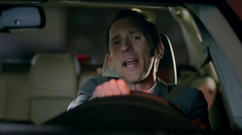 2014 Toyota Camry TV Spot, 'Maneja en Voz Alta' [Spanish] - Thumbnail 9