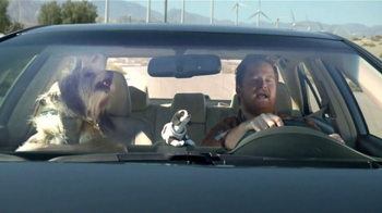 2014 Toyota Camry TV Spot, 'Maneja en Voz Alta' [Spanish] - Thumbnail 3