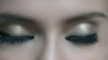 L'Oreal Paris Voluminous Butterfly Mascara TV Spot - Thumbnail 6