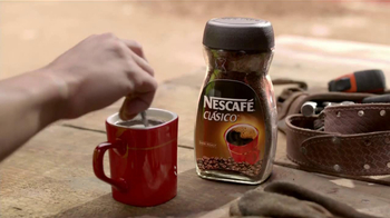 Nescafe Clásico TV Spot, 'Mira Quien Baila' [Spanish] - Thumbnail 1