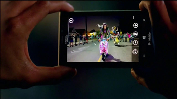 Microsoft Windows Nokia Lumia 925 TV Spot, 'Photos' Song by Cults - Thumbnail 5