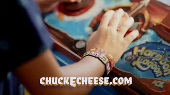 Chuck E. Cheese's Wristbands TV Spot, 'Free Birds' - Thumbnail 8
