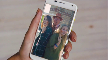 AT&T Moto X TV Spot, 'Phone Memories' - Thumbnail 5