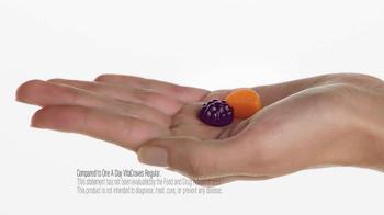 One A Day Women's VitaCraves Gummies TV Spot, 'Laura' - Thumbnail 7