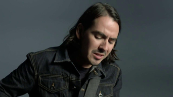 Gap TV Spot, 'Back To Blue' Featuring Dhani Harrison - Thumbnail 6