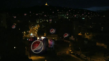 Pepsi TV Spot, 'Live for Now: Rooftop' Song by Young Rising Sons - Thumbnail 6