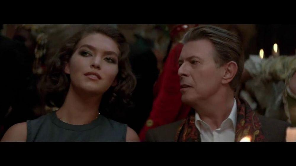 Louis Vuitton TV Commercial, 'L'Invitation au Voyage ...