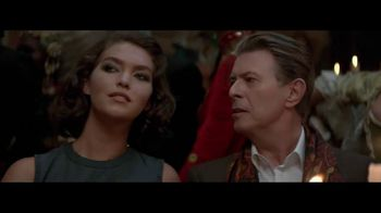 Louis Vuitton TV Spot, 'L'Invitation au Voyage' Featuring David Bowie