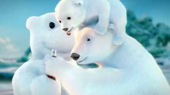 Coca-Cola 2014 Holiday TV Spot, 'Snow Polar Bear' - Thumbnail 9