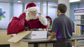 FedEx One Rate TV Spot, 'Santa' - Thumbnail 5