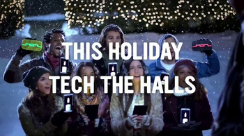 Radio Shack TV Spot, 'Tech the Halls' - Thumbnail 10