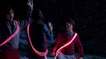Radio Shack TV Spot, 'Tech the Halls' - Thumbnail 7