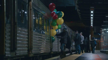 Zales TV Spot, 'Balloons' Song by Lord Huron - Thumbnail 2
