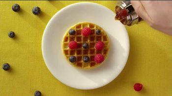 Eggo Homestyle Waffles TV Spot, 'Toppings' - Thumbnail 6
