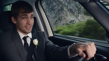FIAT 500L TV Spot, 'Wedding' - Thumbnail 6