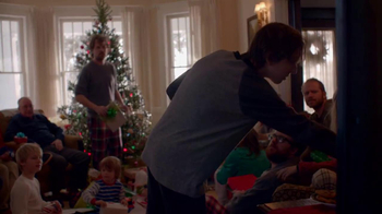 Apple Holiday TV Spot, 'Misunderstood' - Thumbnail 6