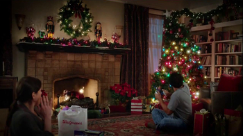 Walgreens TV Spot, 'Christmas RC Helicopter' - Thumbnail 7