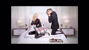 DSW Black Friday Sale TV Spot, 'Shoe Lovers' - 12 commercial airings