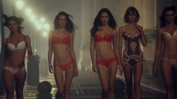 Victoria's Secret Dream Angels TV Spot, Song by Banks - Thumbnail 8