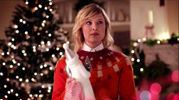 JCPenney Super Saturday Sale TV Spot, 'Jingle Mingle' - Thumbnail 6