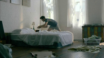 Fab.com TV Spot, 'Touch' Song by The Cook Brothers - Thumbnail 3