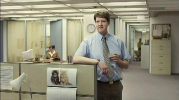 Berry Pomegranate MiO TV Spot, 'Office Transformation' - Thumbnail 2