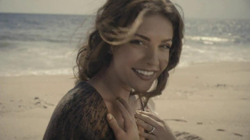 Forevermark TV Spot, 'Center of My Universe' - Thumbnail 7