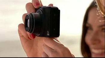 Nikon Coolpix S01 TV Spot Feating Ashton Kutcher - Thumbnail 2