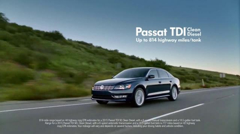 Volkswagen Passat TDI TV Spot, 'Mom' Song by Waylon Jennings - Thumbnail 9