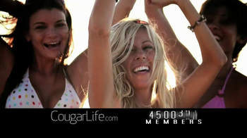 Cougarlife.com TV Spot, 'Cougar Life in the City' - Thumbnail 6