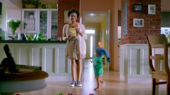 Gerber Graduates Lil' Entrees TV Spot, 'No Pants' - 7233 commercial airings