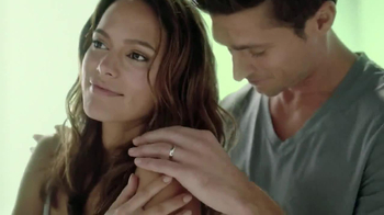 Dial Vitamin Boost TV Spot, 'Lotion Infused'