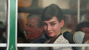 Dove Dark Chocolate TV Spot, 'Audrey Hepburn'