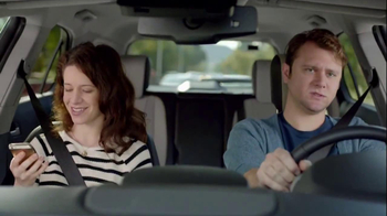 2014 Chevrolet Equinox with Siri Eyes Free TV Spot, 'The New Connected' - Thumbnail 5