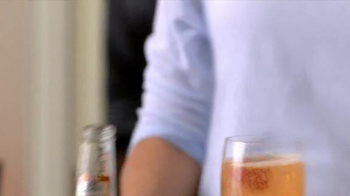 Smirnoff Ice TV Spot, 'Big Game Bellini' - Thumbnail 5