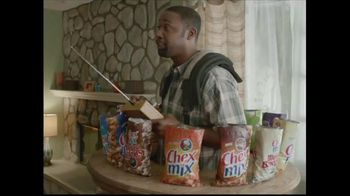 Chex Mix TV Spot, 'Combo Packs' - Thumbnail 5