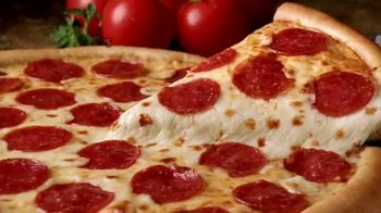 Little Caesars Pizza TV Spot, '$5 Hot-N-Ready Jingle' - Thumbnail 6