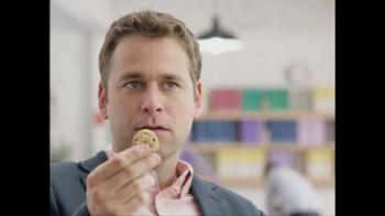 Dannon Light & Fit Greek Yogurt TV Spot, 'The Power' Song by Snap! - Thumbnail 5