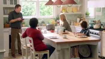 EGGO Waffles TV Spot, 'Sharing a Photo' - Thumbnail 9