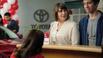 2013 Toyota Camry TV Spot, 'Hand-Me Downs' - Thumbnail 2