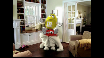 M&M's TV Spot, 'Easter Bunny Costume' - Thumbnail 7