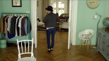 Vaseline Spray & Go Moisturizer TV Spot, 'Jeans' - Thumbnail 6