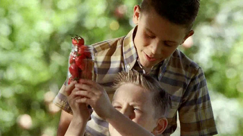 Smucker's Strawberry Preserves TV Spot, 'In the Jar' - Thumbnail 6