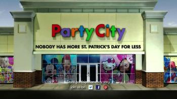 Party City TV Spot, 'St. Patricks Day Party' - Thumbnail 9