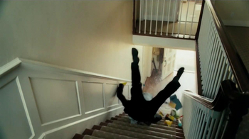 Allstate Home Insurance TV Spot, 'Mayhem: World's Worst Cleaning Lady' - Thumbnail 7