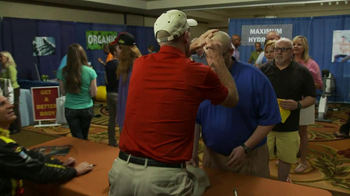 5 Hour Energy TV Spot, 'Autographs' Featuring Jim Furyk and Clint Bowyer